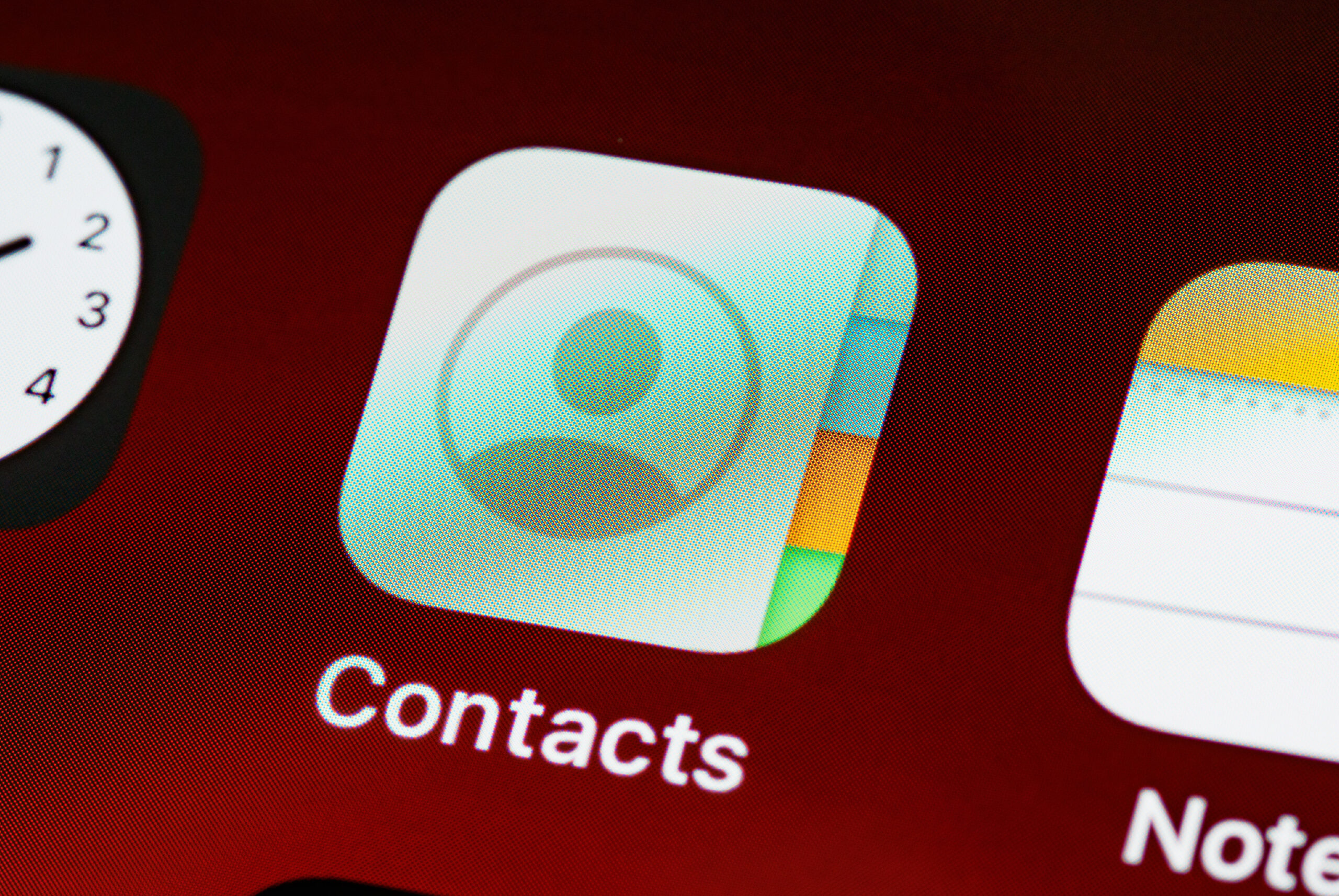 Como copiar os contactos entre iPhone e Android